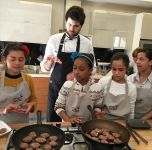 A KITCHEN WORKSHOP UNITING HEARTS